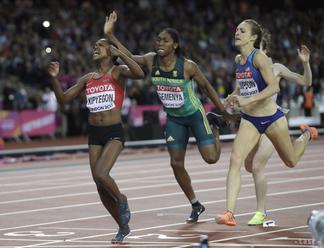 IAAF nemieni Semenyovú zaradiť medzi mužov, ale trvá na novom pravidle