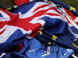 Britské firmy pre brexit zvýšili investície v EÚ