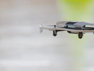 Zatkli Francúza, ktorý sa pokúsil o prelet dronom nad mjanmarským parlamentom