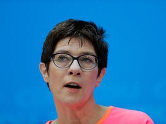 Šéfka nemeckej CDU: Migračná politika Berlína nesmie poškodzovať jednotu EÚ