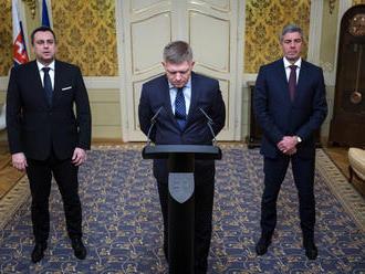 Smer o Ústavnom súde rokoval s kotlebovcami, Bugár a Danko idú proti Ficovi