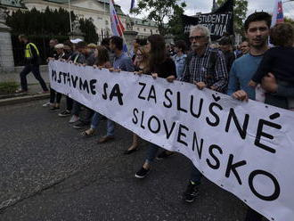 Trestné oznámenie na organizátorov protestov Za slušné Slovensko odmietli