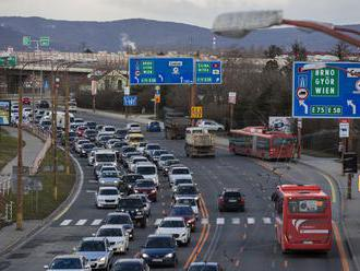 Dlhodobé obmedzenia v Bratislave sa začnú už o niekoľko hodín