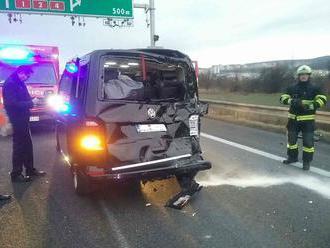PRÁVE TERAZ Dopravné nehody v smere do Bratislavy, diaľnica D2 je uzavretá
