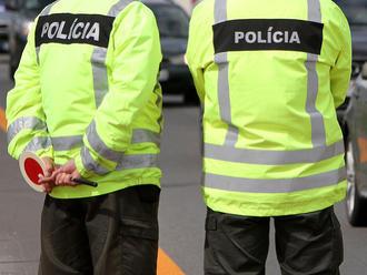 Polícia hľadá svedkov nehody v Ružomberku, ktorú neprežila 53-ročná vodička