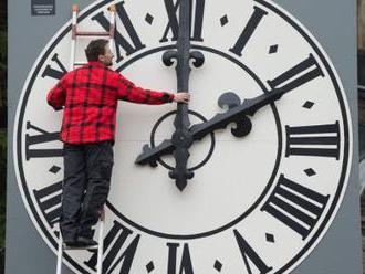 Europoslanci podpořili návrh na zrušení střídání časů
