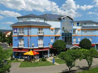 Balaton v 3* hoteli s neobmedzeným wellness, zapožičaním bicyklov a polpenziou + voucher na procedúr