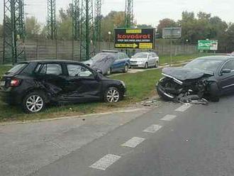 Nehoda v Bielom Potoku, cesta je neprejazdná