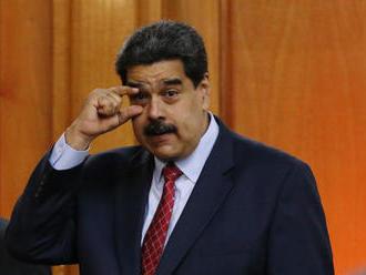 USA zrušili platnosť víz 340 ľuďom blízkym prezidentovi Madurovi