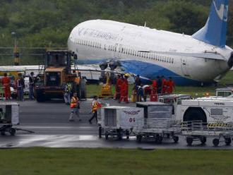 Boeing pozastavil dodávky lietadiel 737 MAX