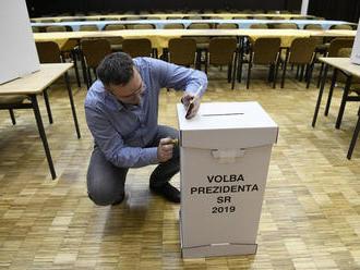 V okrese Lučenec prebehlo prvé kolo volieb pokojne a bez problémov