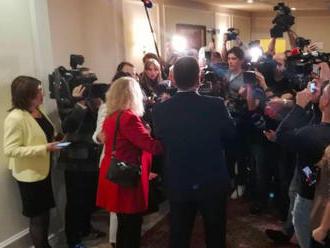 Šefčovič ocenil volebnú účasť, vrcholových politikov v centrále nečaká