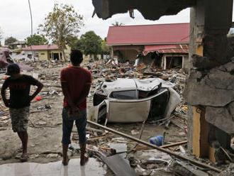 Povodne a zosuvy v Indonézii si vyžiadali desiatky mŕtvych