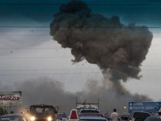 VÝBUCH BOMBY VO VLAKU: Hlásia troch mŕtvych a sedem zranených