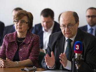 Štátna volebná komisia prijala viac ako 30 podnetov