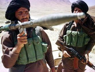 Pri útoku Talibanu zahynulo 22 príslušníkov bezpečnostných síl