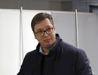 Vučič chce ochrániť právo a poriadok, demonštrácie odsúdil
