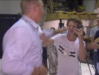 Austrálsky premiér sa zastal mladíka, ktorý senátorovi rozbil o hlavu vajíčko