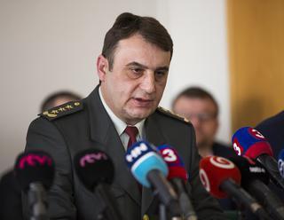 Polícia začala trestné stíhanie pre incident s urnou v Medzanoch
