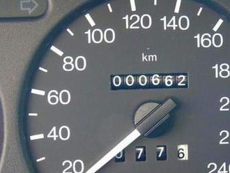 K mání je dodnes nový, špičkový Ford z roku 1996. Tehdy to bylo auto pro bohaté