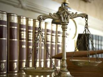 Proces v kauze vraždy bosa M. Sýkoru odročili, Ivan Lexa ako svedok neprišiel