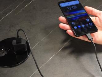 VIDEORECENZIA: Pekné fotky za málo peňazí - Sony Xperia L3