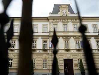 Voľba kandidátov na ústavných sudcov bude podľa Danka tajná