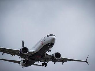 Boeing po páde lietadla v Etiópii šokuje: Spoločnosť pozastavila dodávky strojov typu 737 MAX