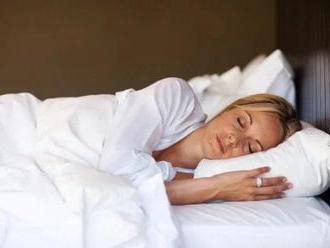 Spánok je pilierom zdravia. Ako môžete podporiť jeho kvalitu?