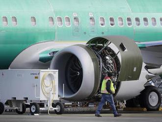 Boeing pozastavil v reakcii na Trumpovo nariadenie dodávky lietadiel 737 MAX