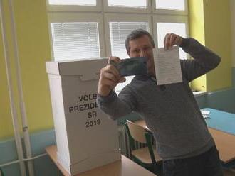 Chcete si vo volebnej miestnosti urobiť fotku? Musíte dodržať tieto pravidlá