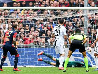Juventus s prvou prehrou v sezóne