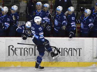 Bučeka vytlieskali Bystričania: Tak to má byť, hokej má spájať