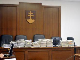 Inštitút hosťujúceho sudcu má riešiť dočasnú absenciu sudcov