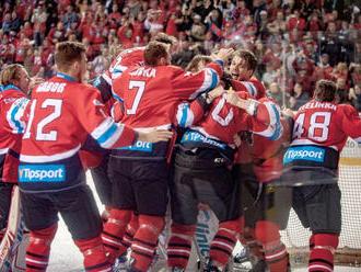 Hokejových majstrov uvítajú fanúšikovia na Námestí SNP v B. Bystrici