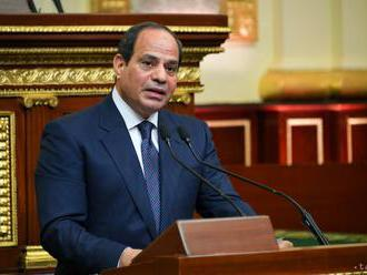 Predĺženie mandátu egyptského prezidenta chce väčšina voličov