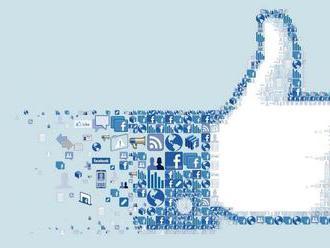 Británie chce zakázat dětem lajkovat na Facebooku pro jejich vlastní bezpečí