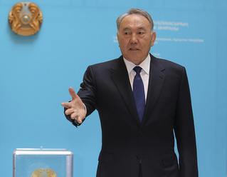 V Kazachstane sa blížia nové prezidentské voľby, Nazarbajev všetko kontroluje z úzadia