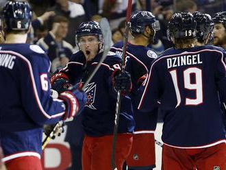 """NHL: Columbus a New York Islanders prvými postupujúcimi, Černák nazbieral tri """"mínusky"""""""