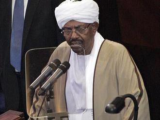 Zosadeného sudánskeho prezidenta Bašíra previezli do väzenia