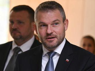 Premiér verí, že Národná rada SR na májovej schôdzi zvolí ďalších kandidátov na sudcov ÚS