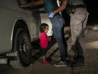 Vyhrala fotka dievčatka z Hondurasu. Pozrite si najlepšie zábery roka