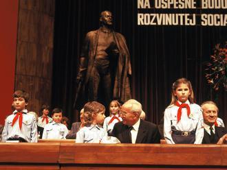 Newsfilter: Husáka bude v RTVS obhajovať skutočný komunista