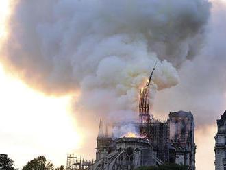 Hasenie z vrtuľníka by v Paríži dokonalo pohromu, hovorí expert