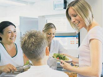 Školské jedálne môžu poberať príspevky