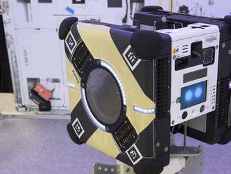 K ISS odlietajú včelí roboti, budú pomáhať astronautom