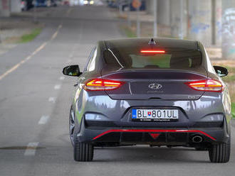 Test: Hyundai i30 Fastback N Line – praktickosť? Radšej krása!