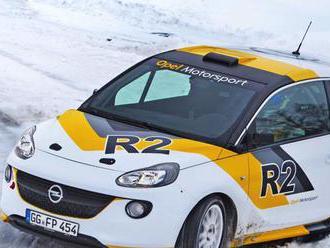 Opel stavia súťažnú verziu Adama