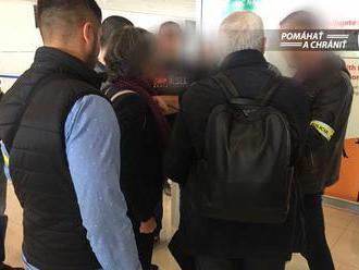 NAKA po prílete z Milána zadržala muža, má ísť o exšéfa elektrární