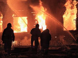 Požiar v Sečovskej Polianke mohol skončiť tragicky: Dvom osobám išlo doslova o život